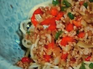 豚ひき肉のスタミナ冷し麺