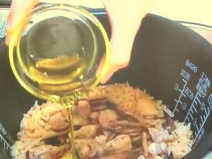 鶏ごぼうオリーブご飯
