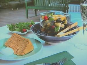 チーズとオリーブのマリネ