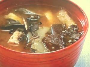 焼き昆布の味噌汁