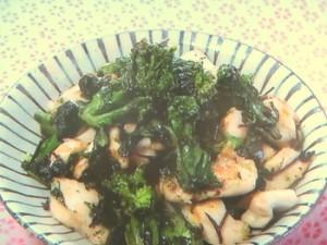 鶏むね肉と菜の花の塩昆布炒め