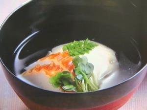 卵豆腐のお吸いもの