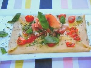 もこみち流 イタリア風トマトとプロシュートのガレット