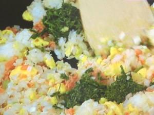 鮭と卵の茶ー飯(チャーハン)