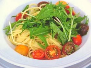 カラフルトマトと水菜のパスタ