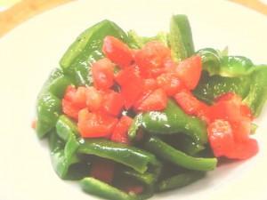 焼きピーマンのサラダ