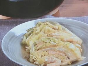 キャベツと鶏肉のしょうが蒸し煮