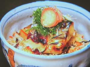 焼きサバ丼