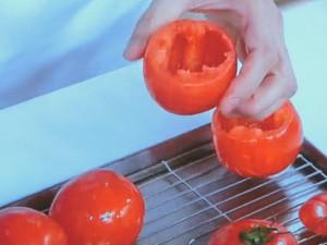 トマト丸ごとハンバーグ