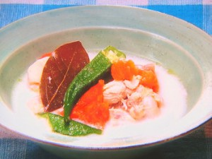 チキンと夏野菜のスープ