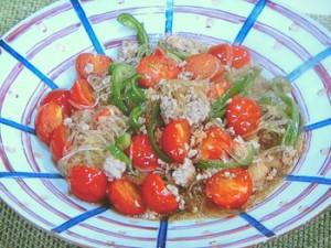 春雨とひき肉のミニトマト炒め