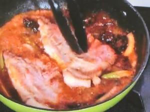 豚肉とプラムのソテー