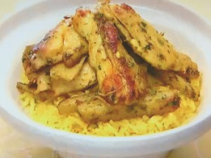 鶏肉と細切りじゃがいものカレースパイス炒め丼