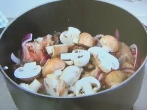 もこみち流 牛肉と丸ごとトマトの煮込み