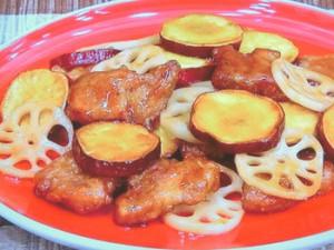 豚肉と根菜の酢豚(豚肉とサツマイモ、レンコンのオイスターソース酢豚)