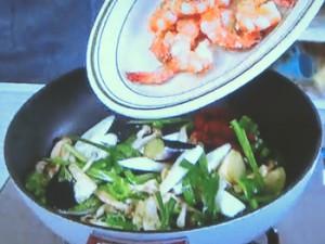 もこみち流 野菜とエビチリの辛炒め飯