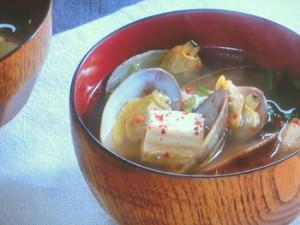 あさりと豆腐のピリ辛汁