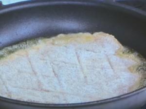 ミラノ風 鶏のムネ肉のカツレツ