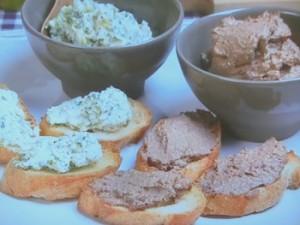 ブルスケッタ2種~鶏レバー・ブロッコリーとクリームチーズ