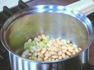 豚肉と大豆のねぎしょうが煮込み