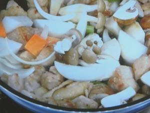 チキンと冬野菜のクリーム煮