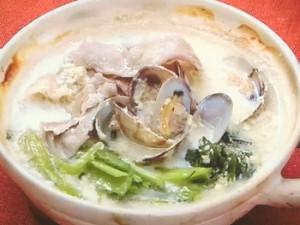豚肉とあさりの豆乳鍋