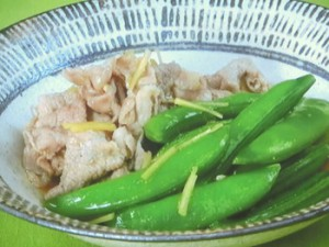 スナップえんどうと豚肉の煮物