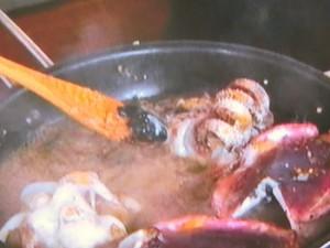 イカの墨煮