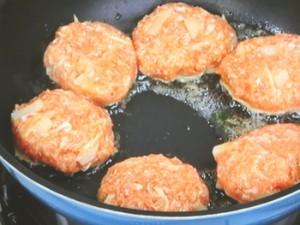 肉ジャガバーグのショウガ焼き