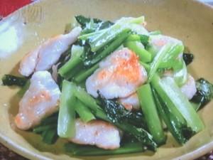 鶏肉と小松菜の炒め物