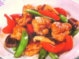 鶏肉と野菜の黒酢炒め