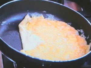オムレツ丼