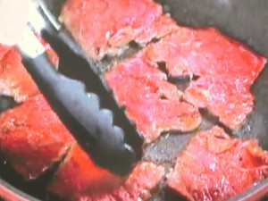 牛肉のスパイシーサラダ