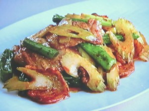 セロリの回鍋肉(ホイコーロー)