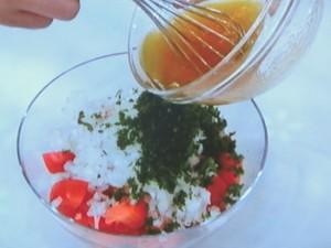 海老のコーンフレークフライ&トマトサラダ