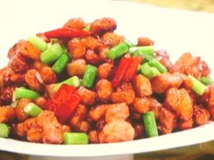 納豆とひき肉のピリ辛炒め