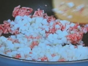 ズッキーニと挽き肉のエスニック中華炒め
