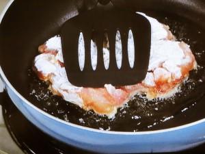 焼淋鶏(ヤキリンチー)