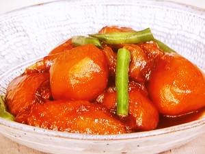 鶏手羽と里芋の甘辛煮