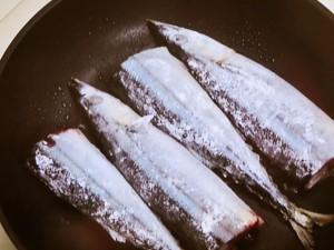 さんまのフライパン塩焼き