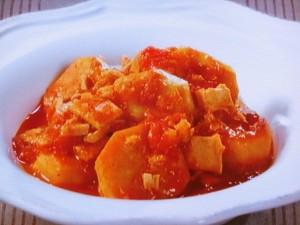 里芋とツナのトマト煮