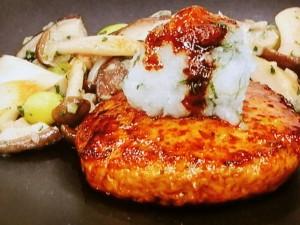 鶏つくねハンバーグ