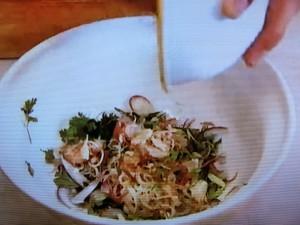 もこみち流 牛肉と香味野菜のサラダ