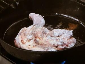 骨付き鶏の照り焼きバルサミコ風味