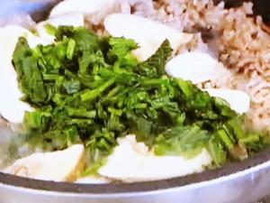 豚ひき肉とほうれん草とエリンギの麻婆(マーボー)丼