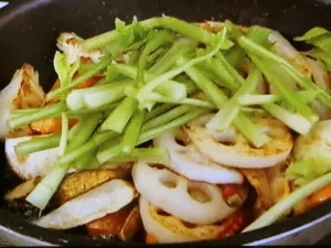 もこみち流 根菜の辛炒め