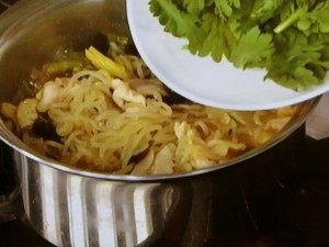 したらきの豆乳カレー麺