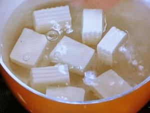 かにと豆腐の煮込み