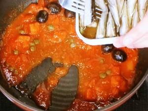 オイルサーディンのトマト煮