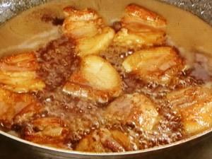 ジャガイモと豚肉の煮っころがし